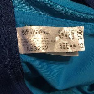 Wacoal Intimates & Sleepwear - Wacoal underwire sports bra. Sz 34DD